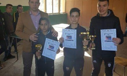Общински ученически турнир по тенис се проведе в Ракитово