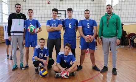 """НПГГС """"Христо Ботев"""" участва с 2 отбора на общинското първенство по волейбол"""