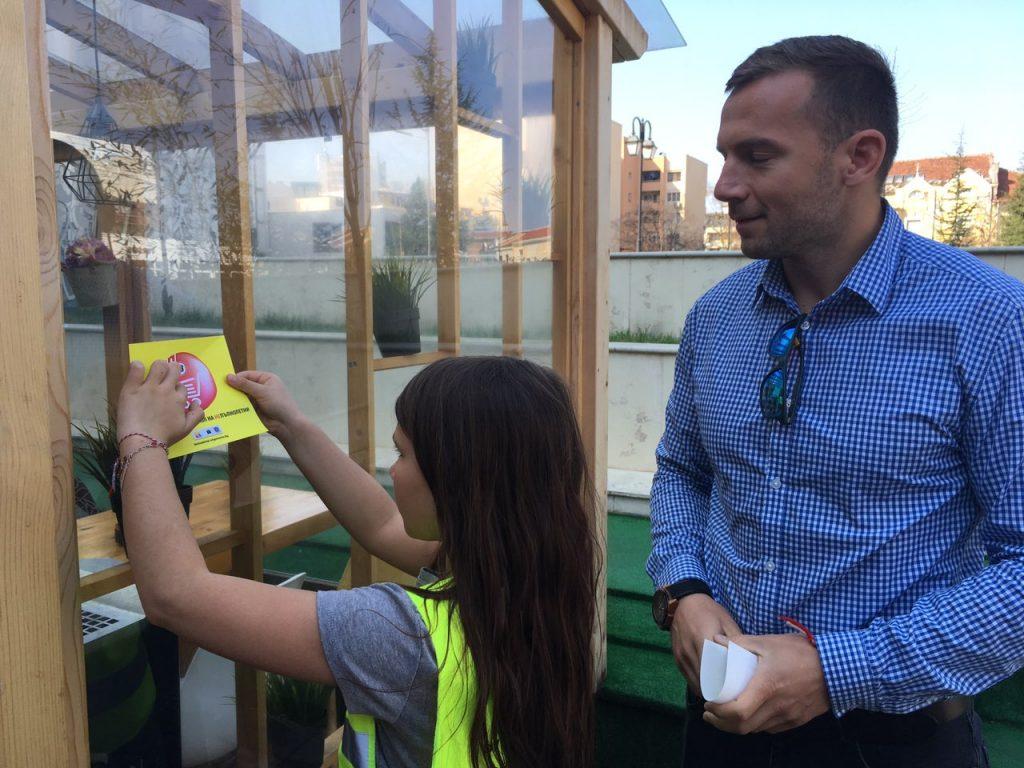 """Деца от Пазарджик, Панагюрище, Велинград и Пещера се включиха в кампанията """"Не продаваме алкохол на непълнолетни"""""""