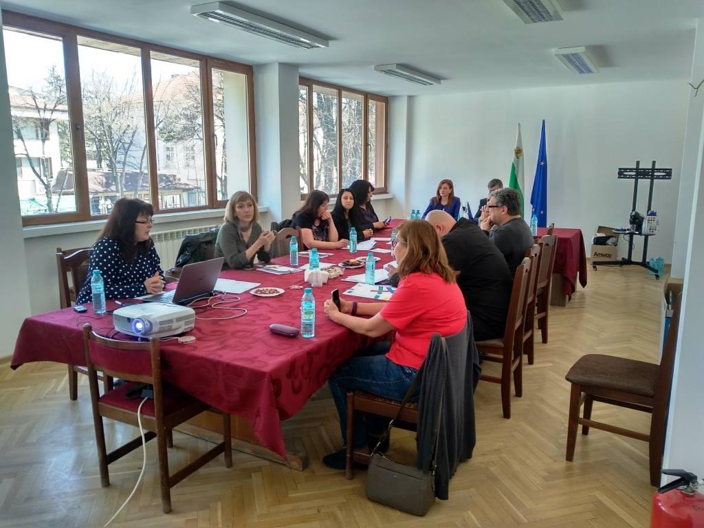 """Приключи проект: """"Нова визия на централна градска част, местата за отдих, ремонт и реконструкция на улична мрежа в град Велинград"""""""