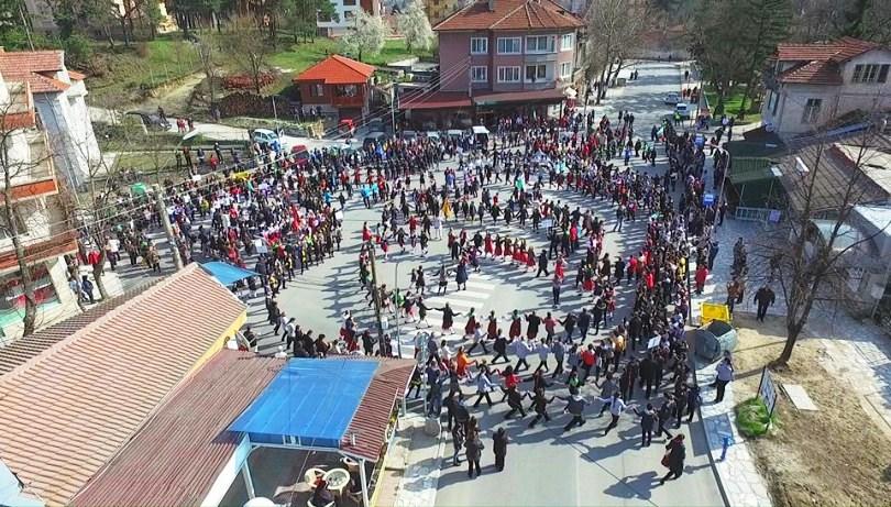 """Хиляди идват във Велинград за """"Пролетно хоро"""""""