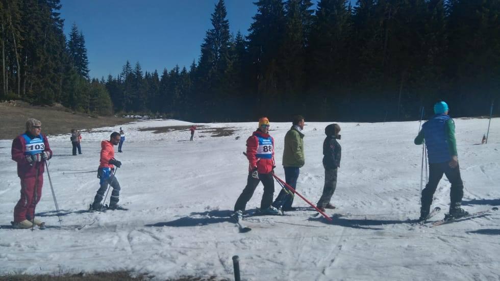 """С 41-то общинско ски състезание за ветерани и деца бе закрит зимния сезон на писта """"Старина"""""""