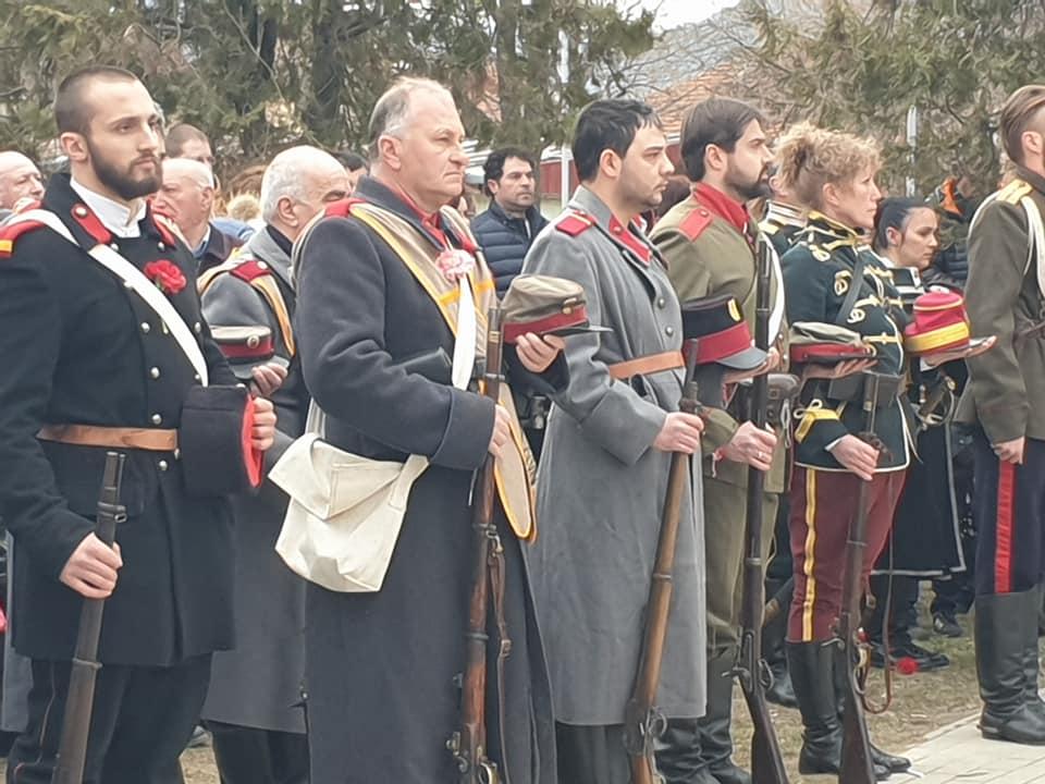 """Велинград """"оживя"""" от възстановката на посрещането на руските Освободителни войски в Каменица."""