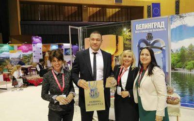 """Голям интерес към Велинград и писаните яйца на изложението """"Културен туризъм"""""""