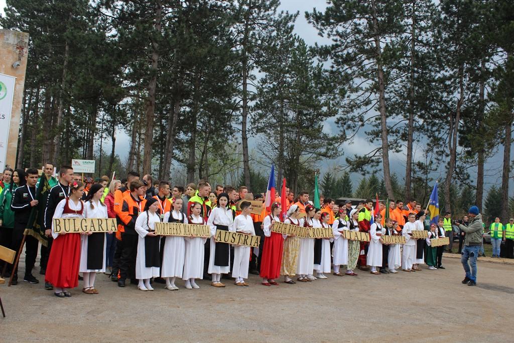 """Дебют на НПГГС """"Христо Ботев"""" – Велинград на горската олимпиада в Сараево"""