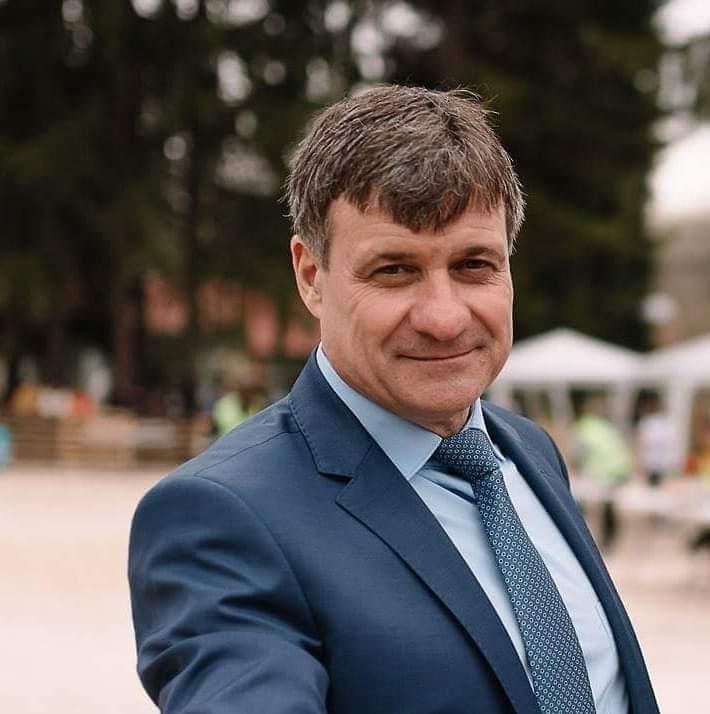"""Г-н Коев: Уважаеми съграждани, днес подписах два договора с Държавен фонд """"Земеделие"""" ."""