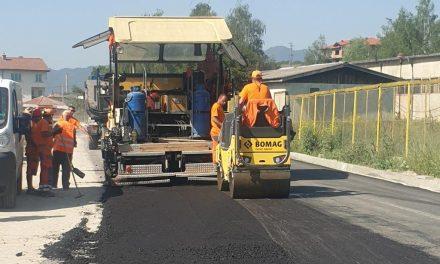 Полагат нов асфалт между Драгиново и Велинград