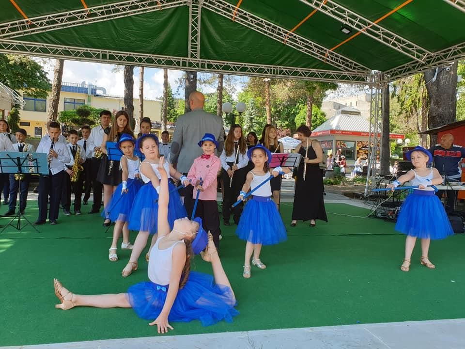 С богата празнична програма Велинград отбеляза Международния ден на детето 1 юни