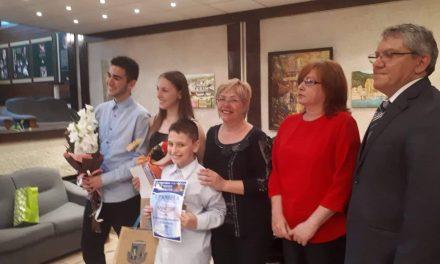 В сряда – за поезията с класическа музика и вечните български популярни хитове