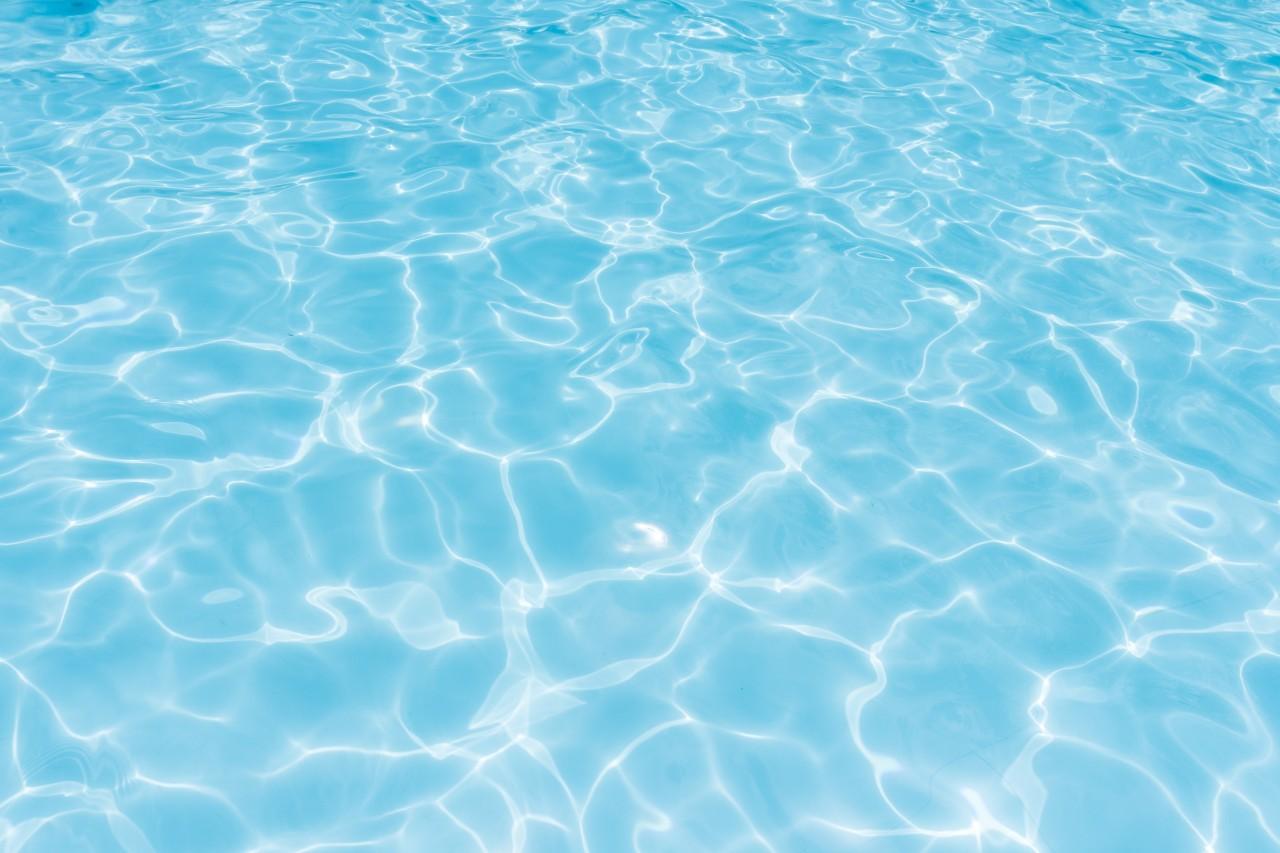 Жена осъди велинградски хотел заради инцидент в басейна