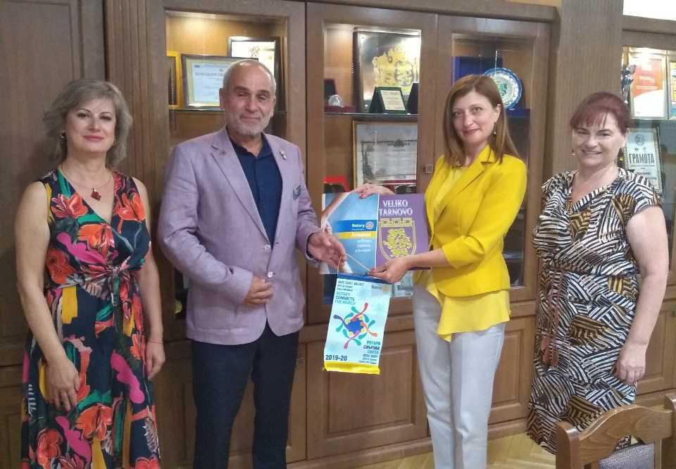 """Дистрикт Гуверньорът на """"Ротъри клуб- България"""" на посещение във Велинград"""