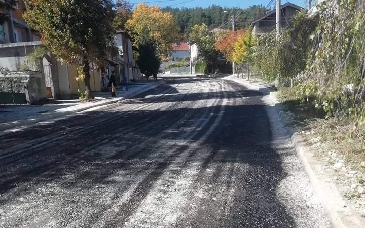 """Приключва асфалтирането на бул. """"Вела Пеева"""""""