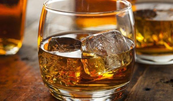 Заловиха велинградчанин складирал алкохол без бандерол