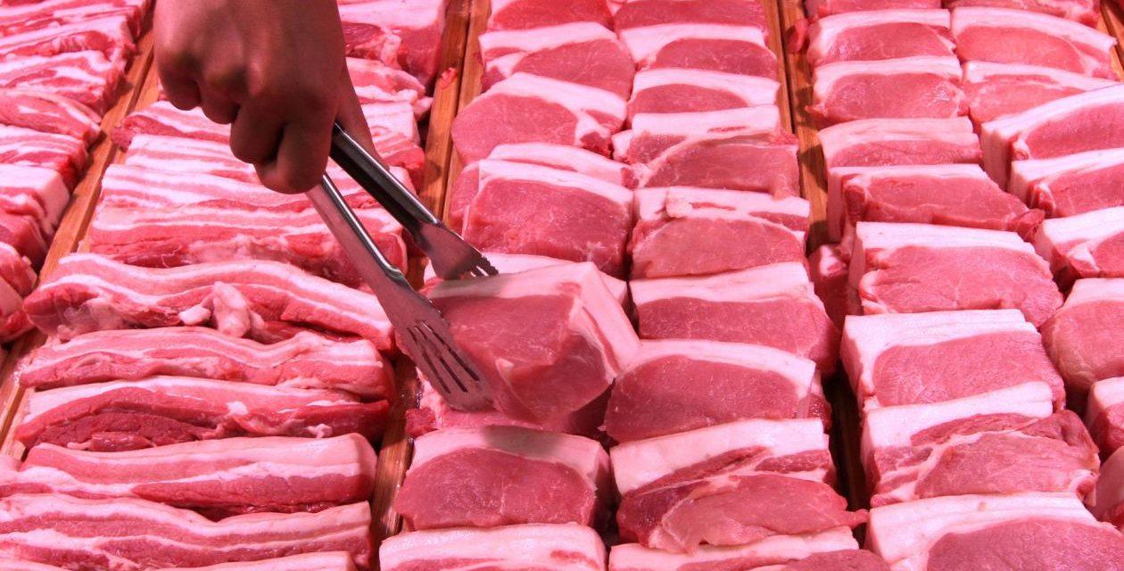 Глобиха мъж, продавал свинско в мръсно мазе във Велинград