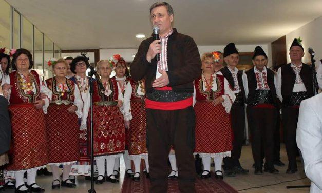 Велинград отбеляза Бабинден по стара традиция