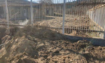 Подменен е част от водопровод за пренос на минерална вода