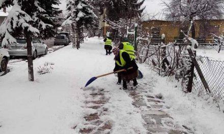 Улиците, тротоарите и пътищата в община Велинград са изчистени от снега
