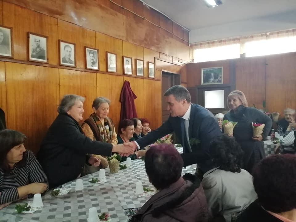 Д-р Коев поздрави възрастните дами по повод 8-ми март