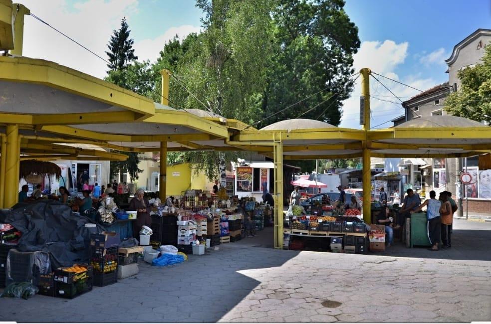 Търговците във Велинград ще могат да предлагат плодове, зеленчуци и посадъчен материал при спазване на санитарно-хигиенните изисквания