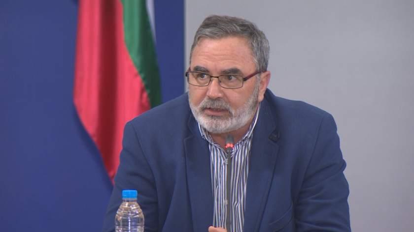 Доц. Кунчев с остра реакция след колективната оставка на медиците във Велинград