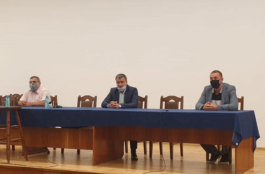 Медиците от МБАЛ-Велинград оттеглят своите оставки след среща с народния представител Димитър Гечев и общинското ръководство