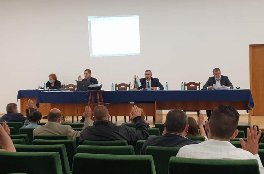 Съветниците приеха Плана за финансово оздравяване на община Велинград