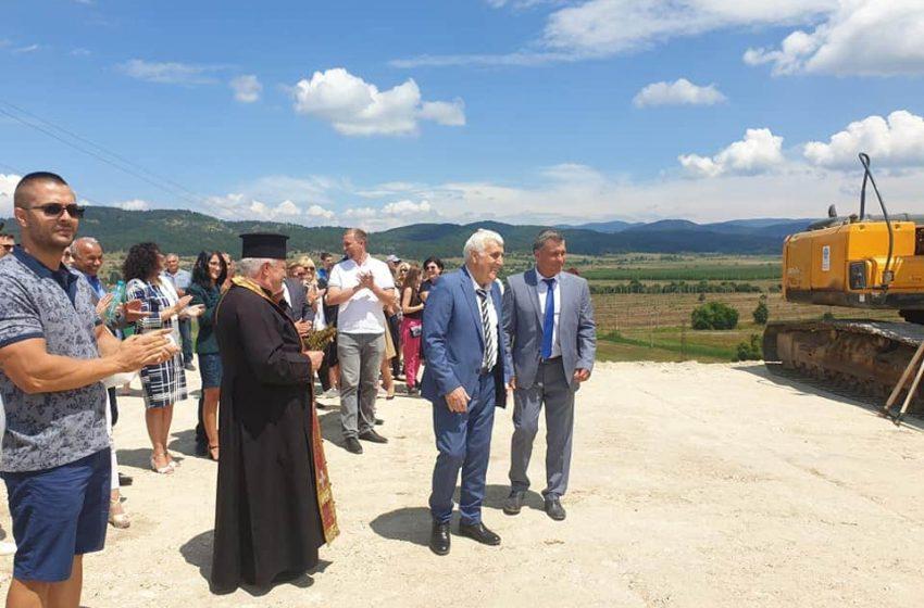 """Дългоочаквана """"първа копка"""" във Велинград за изграждане на две инсталации за преработка на отпадъци"""