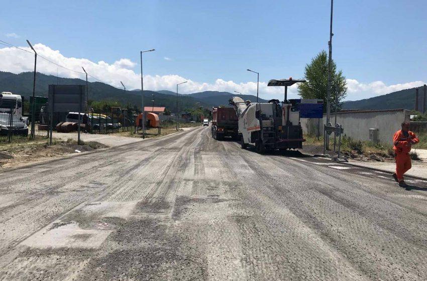 Спират движението по околовръстния път във Велинград за ремонт