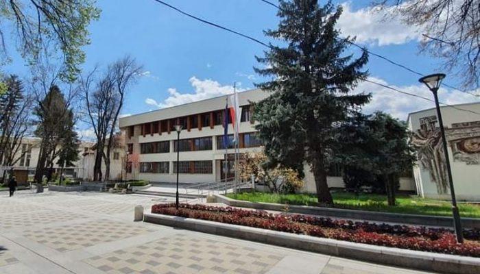 Община Велинград обяви две обществени поръчки за доставка на горива