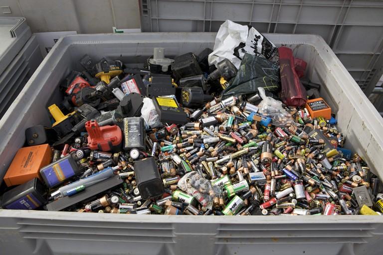 Пазарджик: Кампания за събиране на стари батерии, акумулатори, ел. и електронно оборудване, МПС