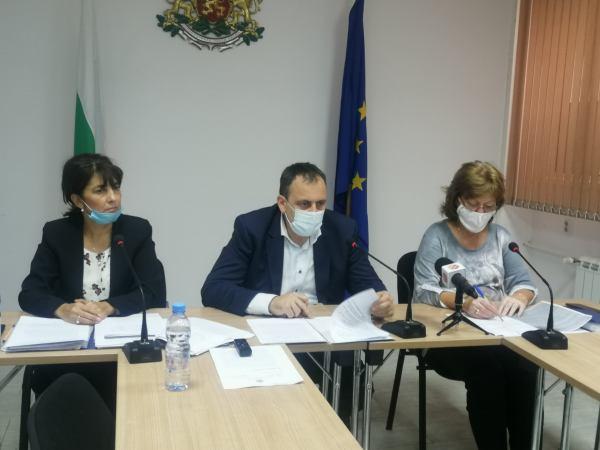 Областен кризисен щаб: общият брой на заразените в обл. Пазарджик е 1 995, оздравелите пациенти са 856