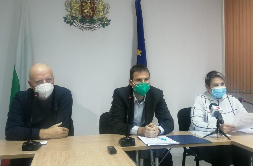 Областният кризисен щаб Пазарджик констатира седмичен спад на заболеваемостта от COVID-19