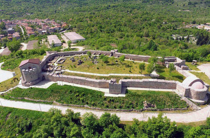 """Стартира проект """"Кръстопът на минало и съвремие"""" на крепостта """"Перистера"""" – гр. Пещера"""