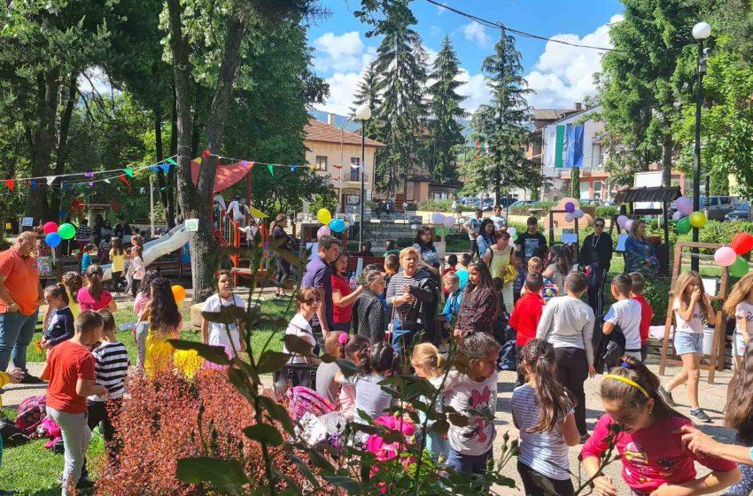 Със закъснение в гр. Ракитово празнуваха Деня на детето, заради лошото време на 1 юни