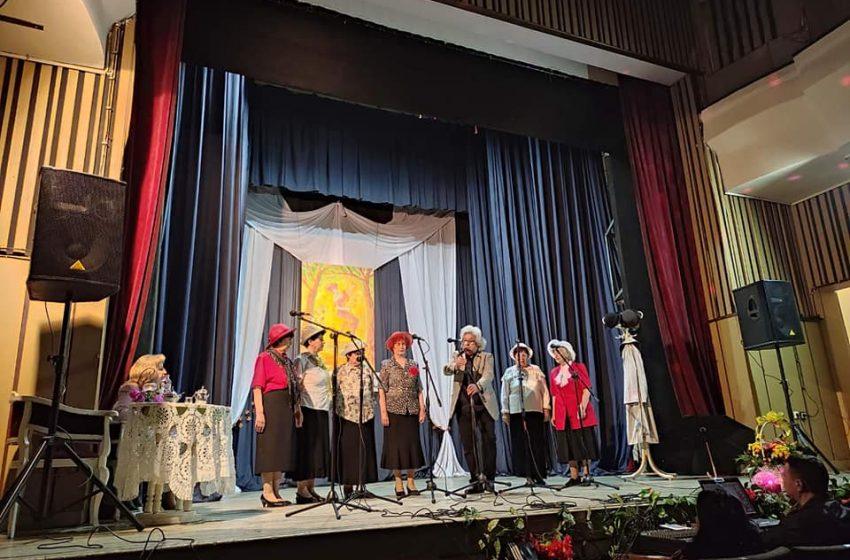 """Във Велинград се проведе Националния фестивал за стара градска песен """"Красив роман е любовта"""""""