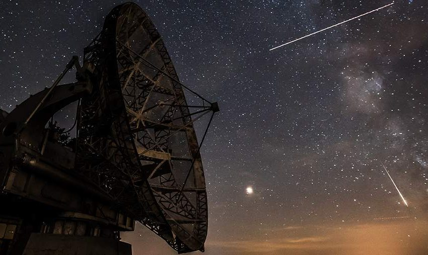 През тази нощ е пикът на метеорния поток Персеиди – по 100 метеора на час