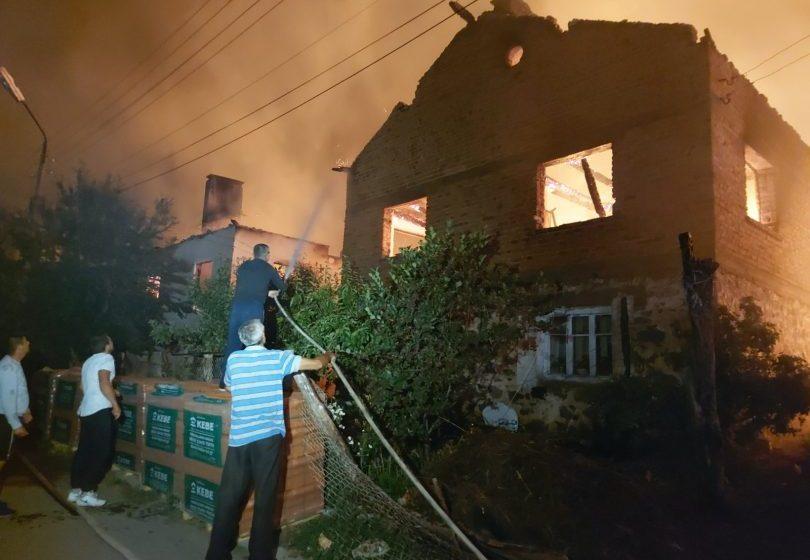 Пожарът в с. Кръстава – общ. Велинград е локализиран