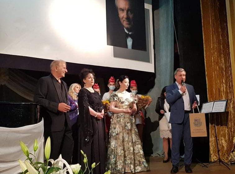 Световни оперни звезди пяха в памет на Гяуров във Велинград