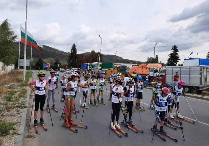 """Проведе се състезание по ролкови ски за купа """"Велинград"""""""